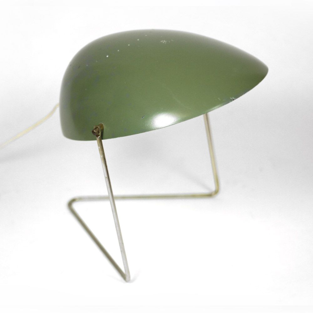 Gerald thurston table lamp plastic and metal 1950s vintage forma gerald thurston table lamp plastic and metal 1950s geotapseo Image collections